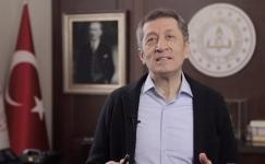 Çocuklar için Sayın Ziya Selçuk'tan 23 Nisan Mesajı (Video)